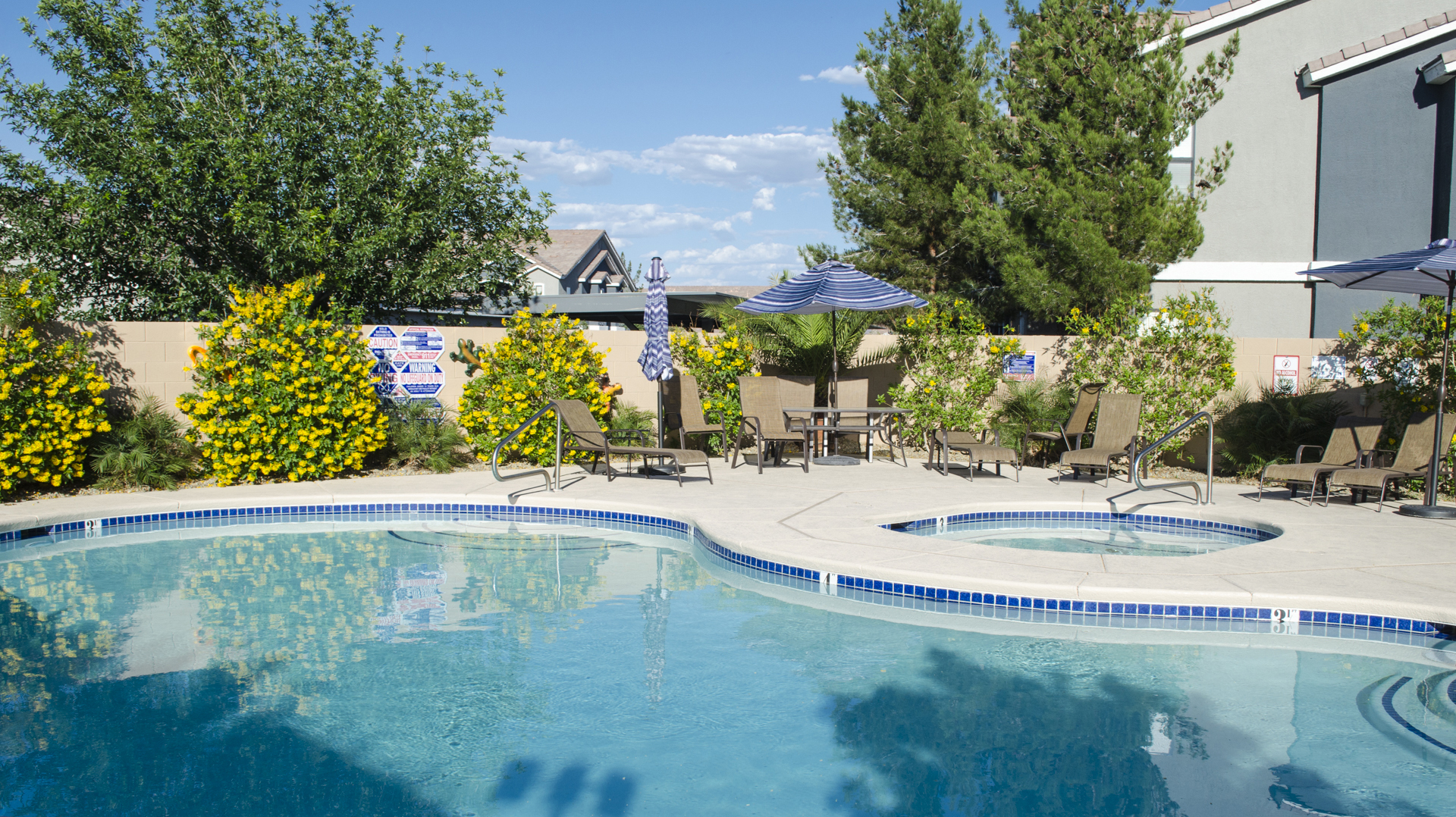 Duck Creek RV Park & Resort Pool Area